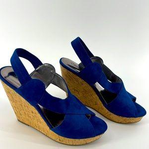 Carlos size 8.5 wedge heels